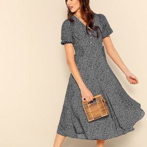 Allover print lull sleeve button detail dress